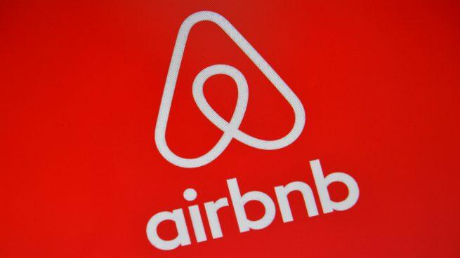 """Airbnb contra Carmena: acusa al ayuntamiento de crear """"inseguridad legal"""" con su normativa"""