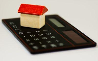 Un banco de casas y locales vacíos a bajos precios en busca de inquilinos y emprendedores