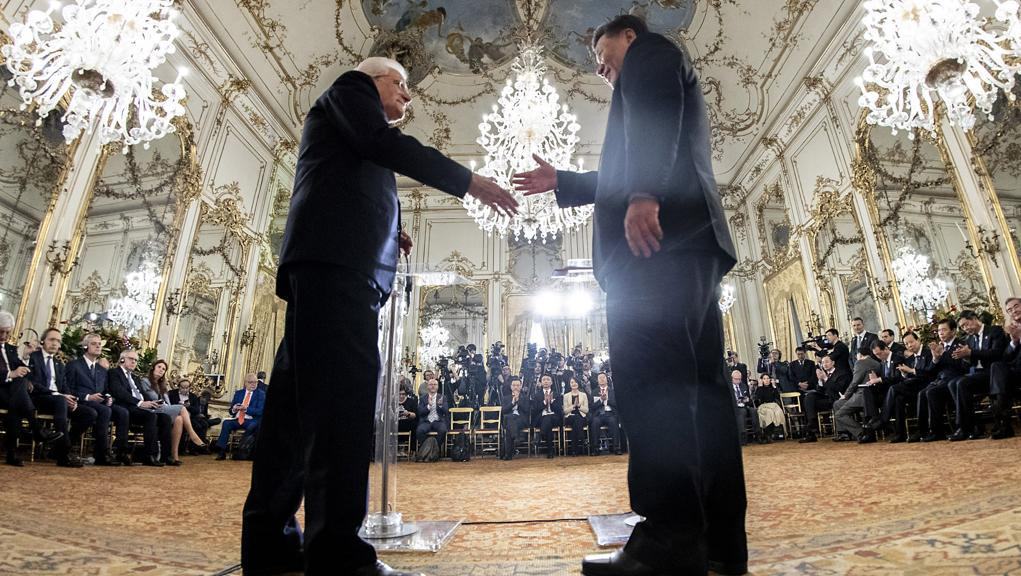 """I paletti di Mattarella a Xi Jinping: """"L'Italia non romperàle sue alleanze"""""""