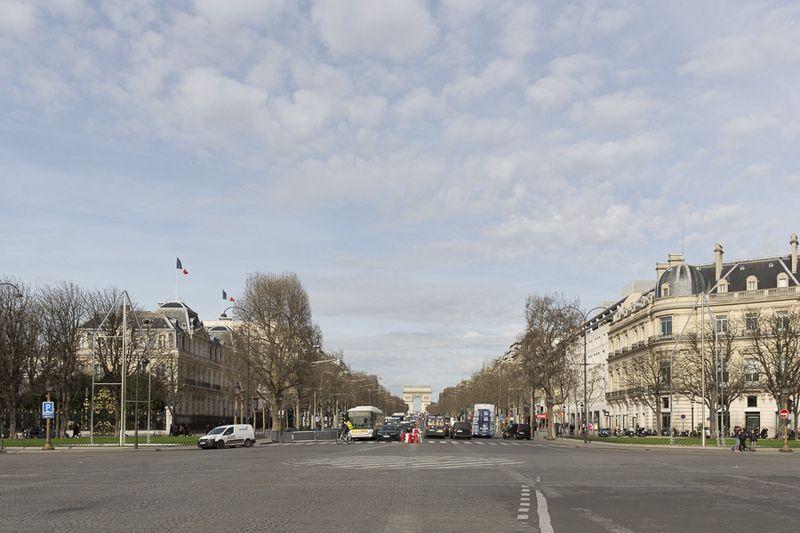 Les nouvelles fontaines des Champs-Élysées