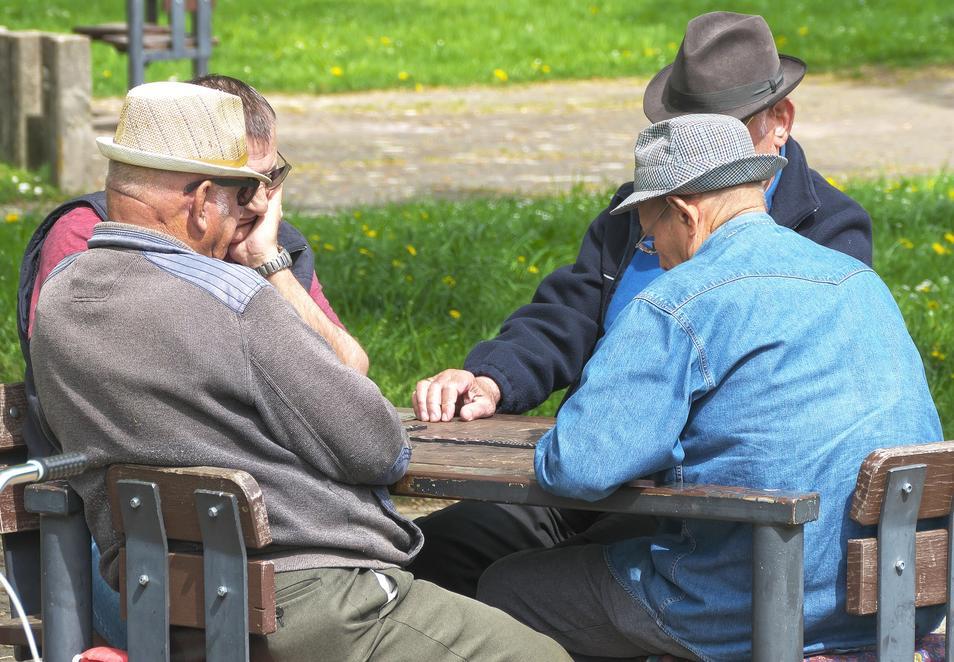 ¿Cuántos jubilados podrán reclamar que les suban la pensión tras la sentencia del Constitucional?